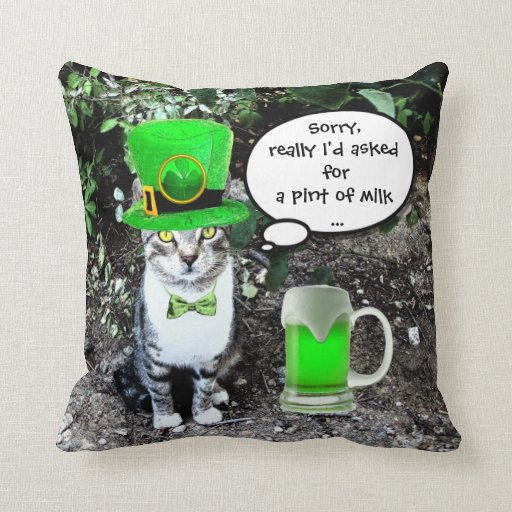 ST PATRICK'S DAY CAT AND GREEN IRISH BEER THROW PILLOW