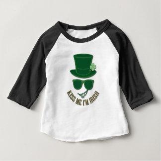 St Patrick's day kiss Me I'M Irish Baby T-Shirt