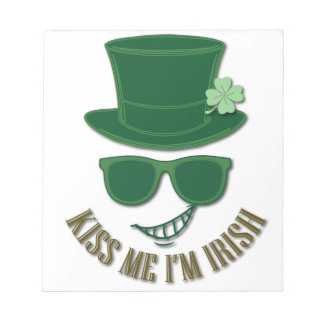 St Patrick's day kiss Me I'M Irish Notepad