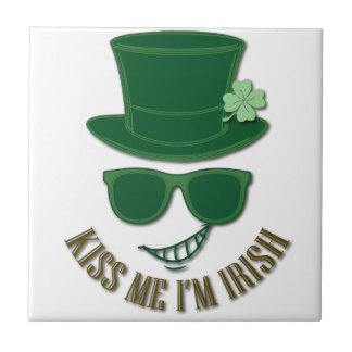 St Patrick's day kiss Me I'M Irish Small Square Tile