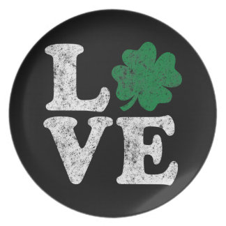 St Patrick's Day LOVE Shamrock Irish Plate