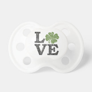 St Patricks Day LOVE with shamrock Dummy