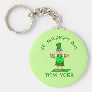 st patricks day new york gladys basic round button key ring