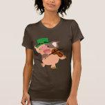 St Patrick's Day violinist pig Women T-shirt