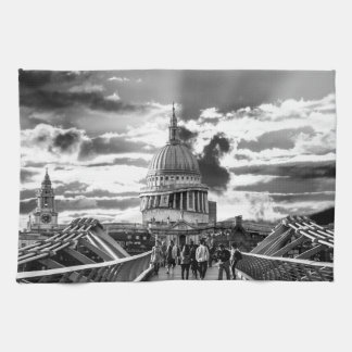 St Paul's Cathedral, London - Black and White Tea Towel