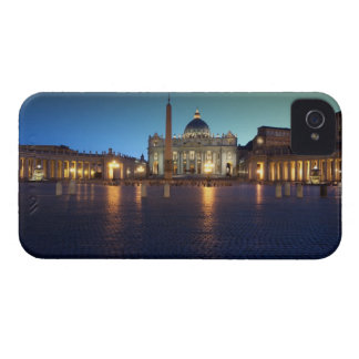 St Peters Square, Rome, Italy iPhone 4 Cover