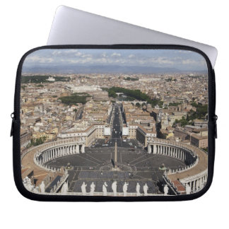 St Peters Square, Rome Laptop Sleeve