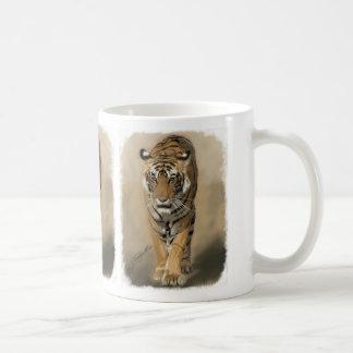 Stalking tigress Mug