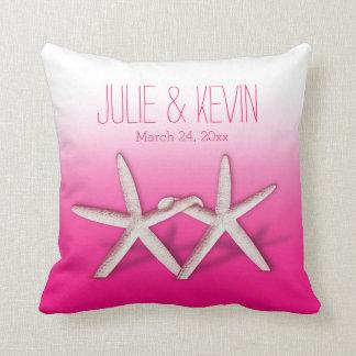 Starfish Couple On The Beach | ombre fuchsia Throw Pillow