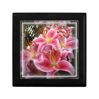 """""""Stargazer"""" Lilies Gift Box"""
