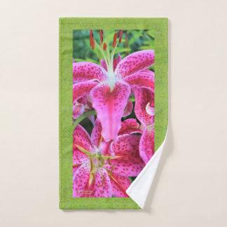 Stargazer Oriental Lilies, Grass Background Hand Towel