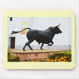 Statue of a bull mouse mat