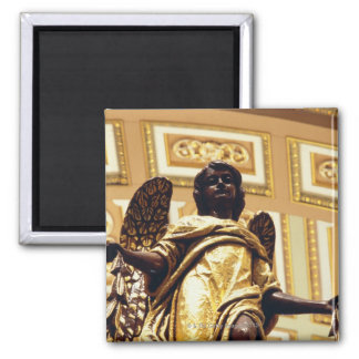 Statue of angel in gold square magnet