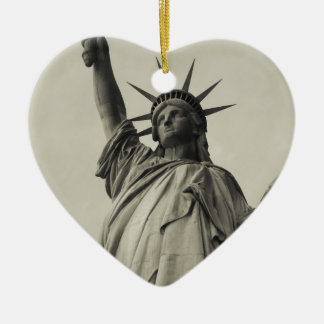 Statue of Liberty 10 Ceramic Heart Decoration