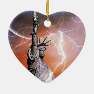 Statue of Liberty 12 Ceramic Heart Decoration