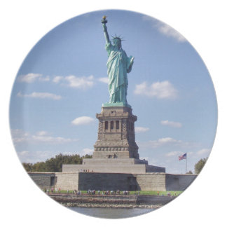 Statue of Liberty 13 Party Plates