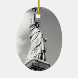 Statue of Liberty 14 Ceramic Oval Decoration