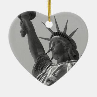 Statue of Liberty 5 Ceramic Heart Decoration