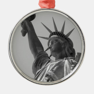 Statue of Liberty 5 Silver-Colored Round Decoration