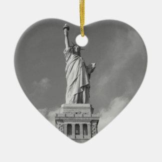Statue of Liberty 6 Ceramic Heart Decoration