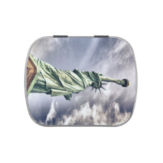 Statue of Liberty candy tin