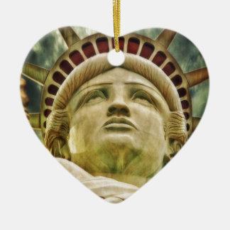 Statue of Liberty Ceramic Heart Decoration