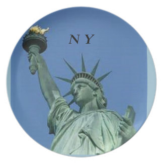 STATUE OF LIBERTY COMMEMERATIVE PLATE