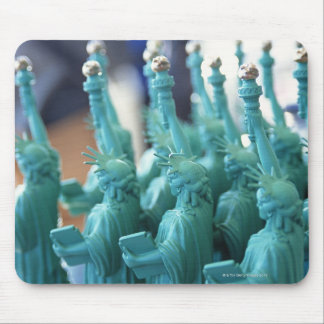 Statue of Liberty Doll Mouse Mat