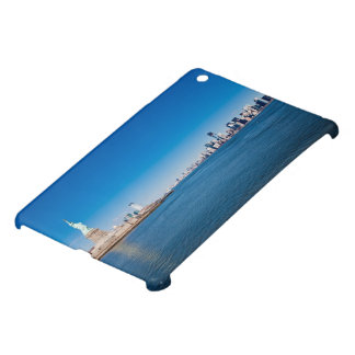 Statue of Liberty, Hudson River and Manhattan iPad Mini Cover