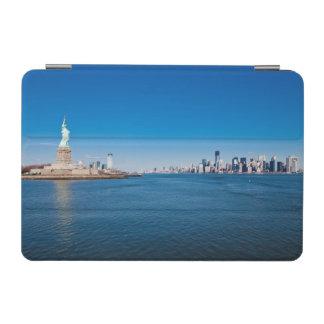 Statue of Liberty, Hudson River and Manhattan iPad Mini Cover