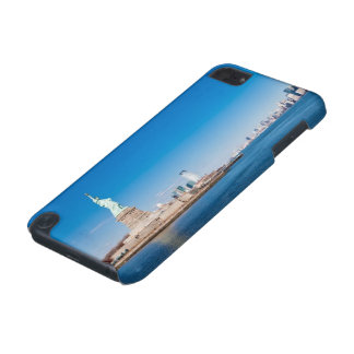 Statue of Liberty, Hudson River and Manhattan iPod Touch 5G Case