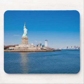 Statue of Liberty, Hudson River and Manhattan Mouse Mat