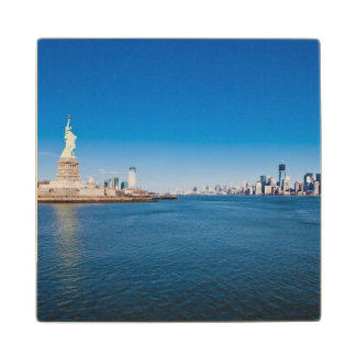 Statue of Liberty, Hudson River and Manhattan Wood Coaster