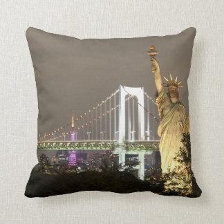 Statue Of Liberty & New York Skyline Cushion