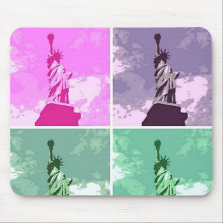 Statue of Liberty Pop Art USA Symbol Mouse Pad