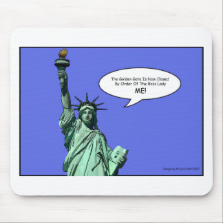 statue-of-liberty - THE BOSS LADY Mouse Mat