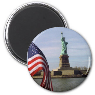 Statue of Liberty with American Flag 6 Cm Round Magnet