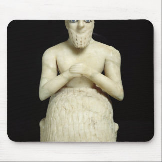 Statue of the official Ebih-Il Mouse Mat