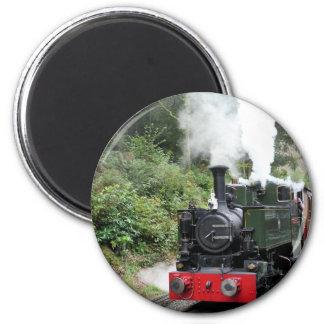 STEAM TRAINS 6 CM ROUND MAGNET