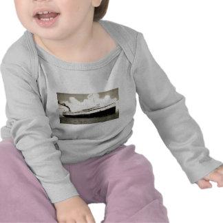 Steamer Juniata of the Anchor Line T-shirts