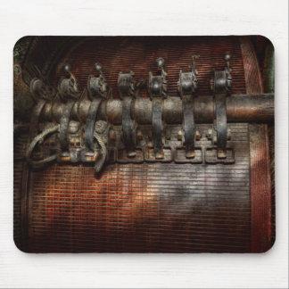 Steampunk - Motorized Mouse Pad