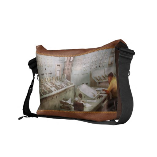 Steampunk - Retro - The power station Commuter Bag
