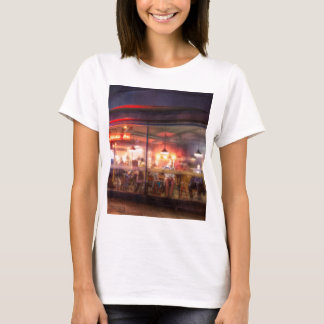 Steamy Shoreditch coffee house, London T-Shirt