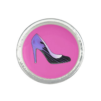 Stiletto pump, blue on hot pink ring