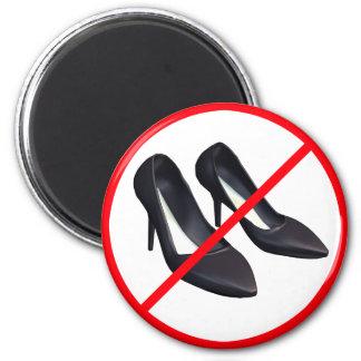 Stilettos Forbidden! 6 Cm Round Magnet