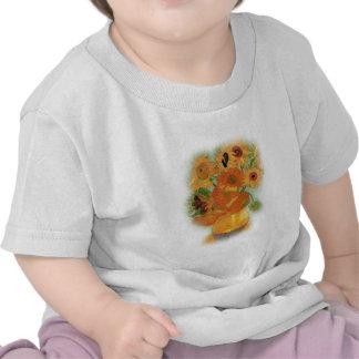 Still life - Vase with twelve Sunflowers, van Gogh T Shirts