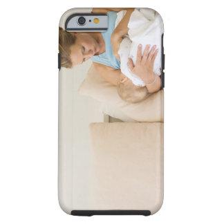 Stillendes Baby der Frau Tough iPhone 6 Case