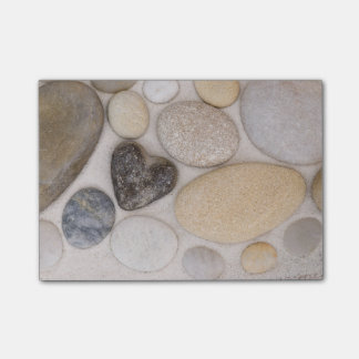 Stone heart post-it notes