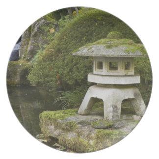 Stone lantern and Heavenly Falls Plates