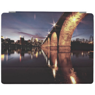 Stonearch Skyline iPad Cover